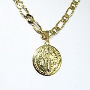 Corrente  medalha de São Bento folheado em ouro 18k