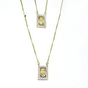 Escapulário feminino cravejado de zirconia folheado em ouro 18k