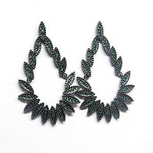 Brinco de festa ródio negro e zirconia verde esmeralda