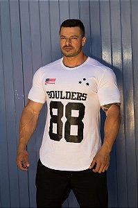 Camiseta Masculina Estampada Longline Manga Curta Branca- Boulders E.U.A Branco