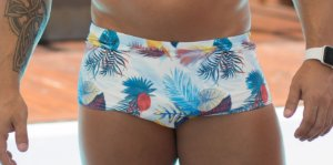 Sunga Masculina Bicolor Azul e Branco com estampa tropical