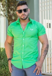 Camisa Masculina Slim Manga Curta com Elastano Verde