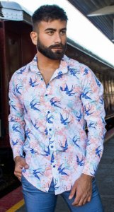 Camisa Masculina Slim Manga Longa com Elastano Estampa Passaro
