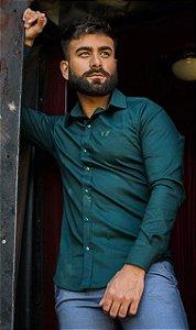Camisa Masculina Slim Manga Longa com Elastano Verde Escuro
