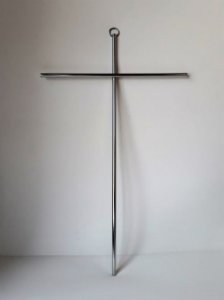 Cruz de Parede Cromada. 28cmX17cm