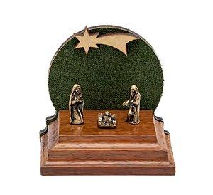 Mini Presépio de Natal. Madeira, MDF, Tecido e Metais em ouro velho. 3,8x4,7x5cm. Cor Verde