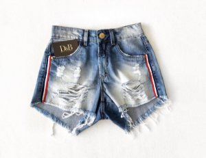 Shorts Jeans Destroyed com Listra