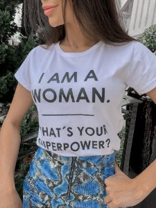 T-shirt I Am a Woman