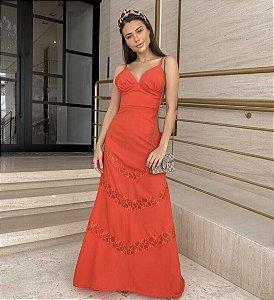 Vestido Longo Vermelho com Detalhes em Renda