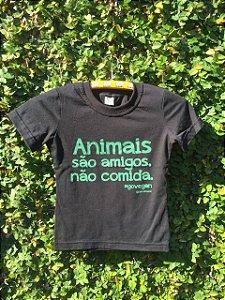 T-shirt Animais são amigos, não comida