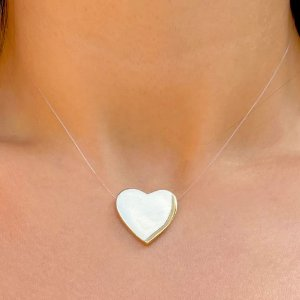 Colar coração Gold fio nylon