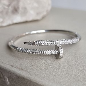 Pulseira Nail banho em prata
