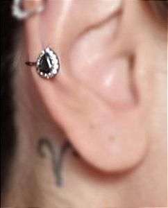 Piercing Gota Onix Cravejada