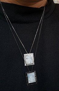Colar Nossa Senhora MadrePerola Cravejada Silver