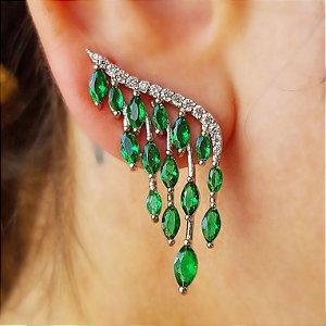 Brinco cascata esmeraldas