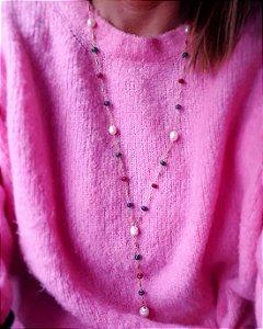 Colar Gravatinha longa pérolas e cristais