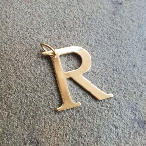 Pingente inicial R