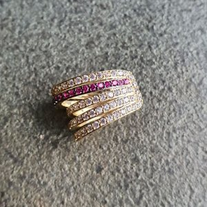 Piercing Cravejado Pink Gold