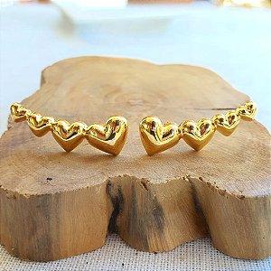 Brinco Earcuff Corações Gold