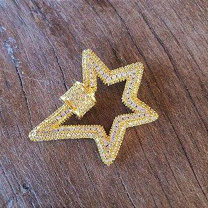 Pingente Mosquetão Star 360° Cravejado Gold Mistic