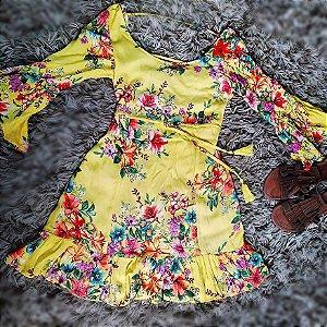 Vestido Estampado com manga Flare  - Tamanho 36.
