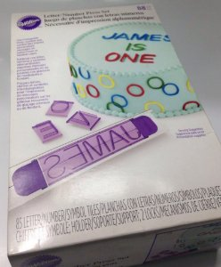 Jogo marcador de letras e números WILTON