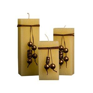 Trio De Velas Quadradas De 7cm De Lado Com Cordão