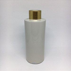 Vaso de ceramica com detalhe dourado -G