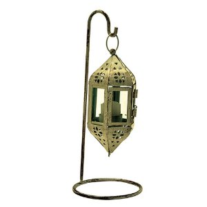 Lanterna decorativa de ferro branco rendado e vidro.