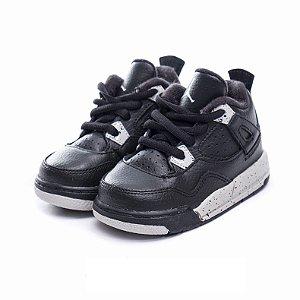 """NIKE - Air Jordan 4 Retro """"Oreo"""""""