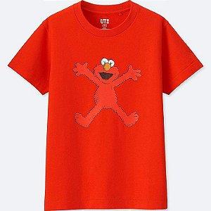 UNIQLO X KAWS X SESAME - Camiseta Kids Street Vermelha