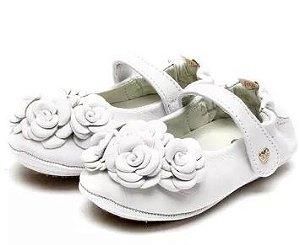 Sapatilha Mielino Couro Pepita Branca Com Flor
