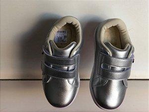Tênis Sneaker Pampili Com Luz Prata