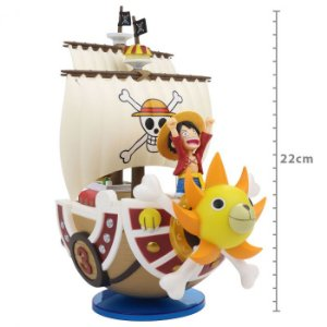 Action Figure: ONE PIECE - THOUSAND SUNNY & LUFFY - MEGA WCF SPECIAL
