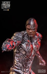 CYBORG - JUSTICE LEAGUE - ART SCALE 1/10 - IRON STUDIOS