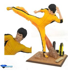 Action Figure: Estátua Bruce Lee Kicking Kick - Gallery Diamond Toys