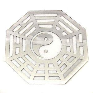 Baguá Yin Yang Acrílico Espelhado Prateado Branco 11.5cm