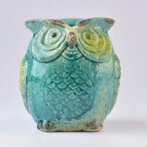 Enfeite Coruja Azul em Cerâmica