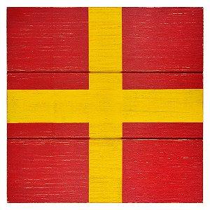 Bandeira Náutica em Madeira Vermelha