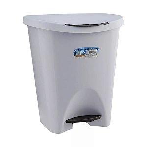 LIXEIRA 15L COM PEDAL BRANCA - USUAL PLASTIC
