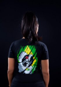 Camiseta Feminina Bandeira do Brasil