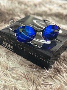 Óculos Oakley Tailend Lente Azul Escuro Armação Preta Frete Grátis