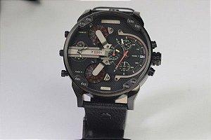 Relógio Importado Diesel 3 BAR TAMANHO 58MM Frete Grátis