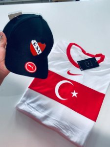 Kit Camiseta Turquia + Bone Com Frete Grátis
