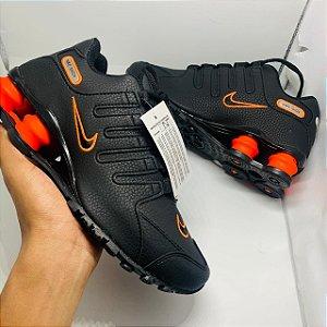 Ténis Nike Shox Nz Preto Com Laranja Com Frete Grátis