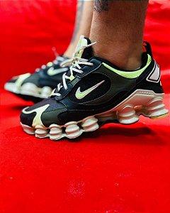 Ténis Nike Shox TL 12 Molas Preto Com Verde Frete Grátis