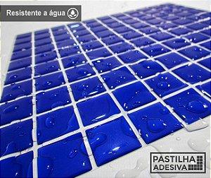 Placa Pastilha Adesiva Resinada 30x28,5 cm - AT034