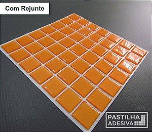 Placa Pastilha Adesiva Resinada 18x18 cm - AT075