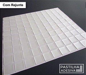 Placa Pastilha Adesiva Resinada 30x28,5 cm - AT172