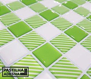 Placa Pastilha Adesiva Resinada 30x27 cm - AT207 - Verde